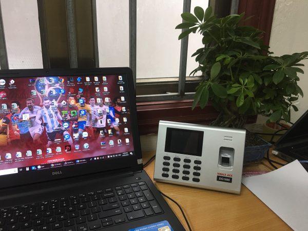 Tại Digiplus.vn :  Máy chấm công 1000 vân tay, có pin lưu điện giá rẻ