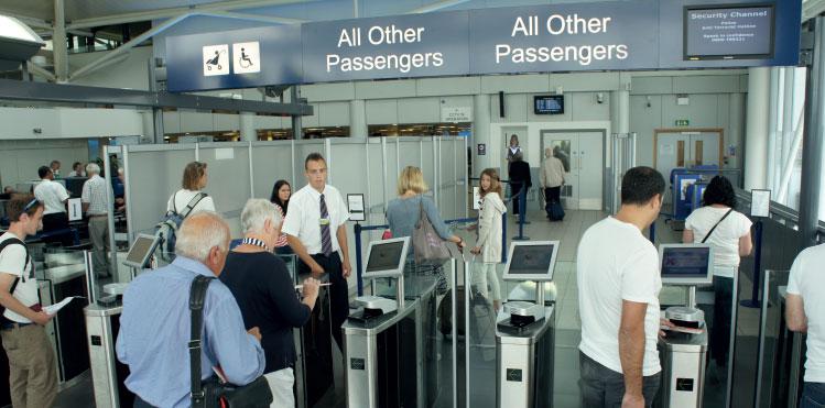 hệ thống kiểm soát ra vào tại sân bay